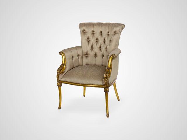 Кресло Версаль в каретной стяжке , шелковая обивка , английский стиль