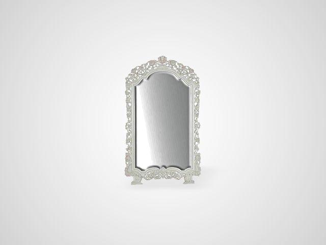 Зеркало напольное белого цвета в резной раме в английском стиле