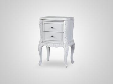 Тумба прикроватная в классическом стиле белого цвета с патиной