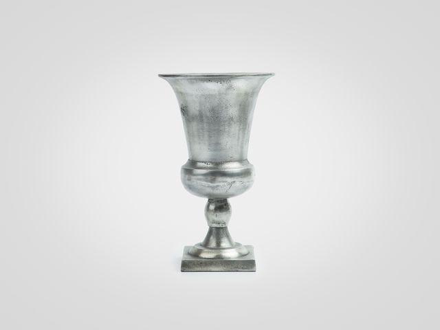 Ваза «Кубок» большая из металла в цвете серебро