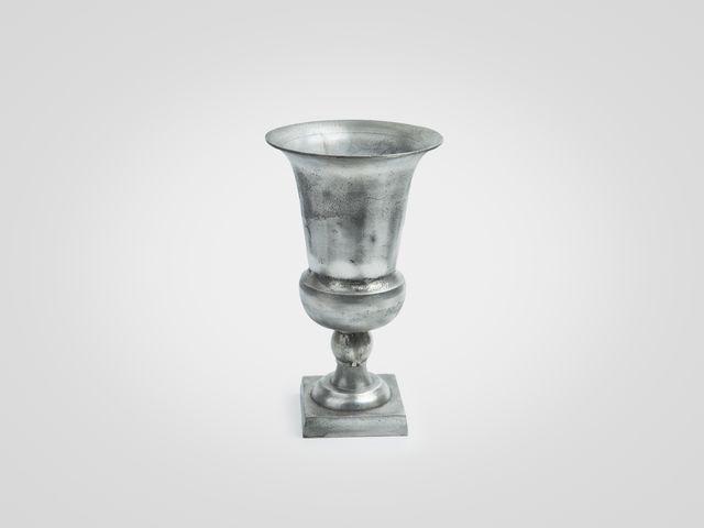 Ваза «Кубок» малая из металла в цвете серебро