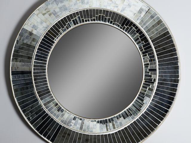 Зеркало круглое с зеркальными вставками в стиле арт-деко