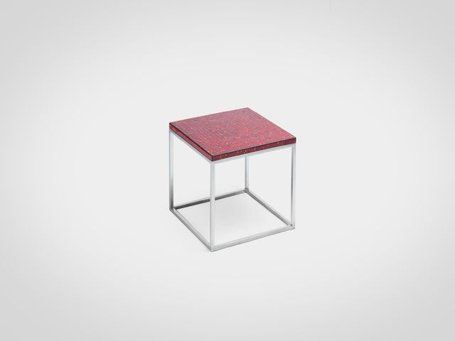 Ламповый столик на металлическом основании в стиле лофт