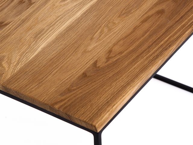 Кофейный стол со столешницей из массива дуба Small