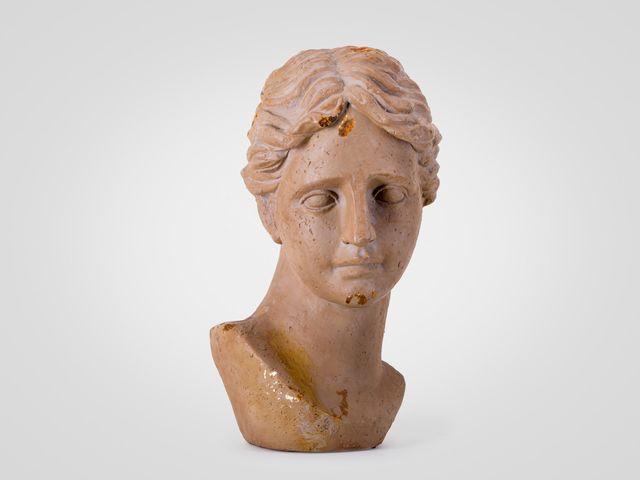 Скульптура «Голова женщины» в стиле прованс