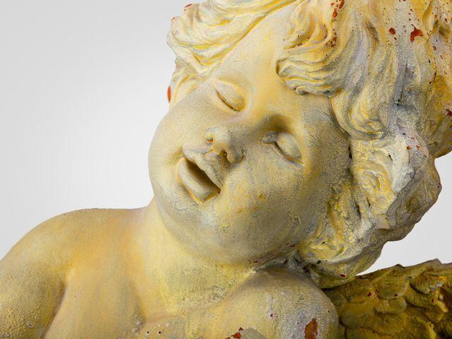 Ангел с лирой статуэтка напольная, в желтом цвете со старением