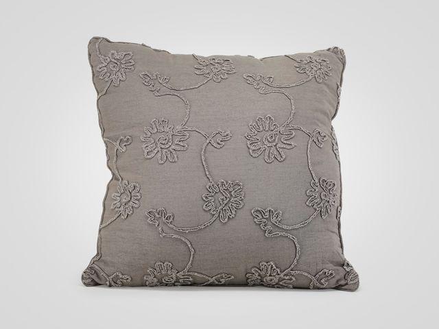 Подушка серого цвета в стиле прованс