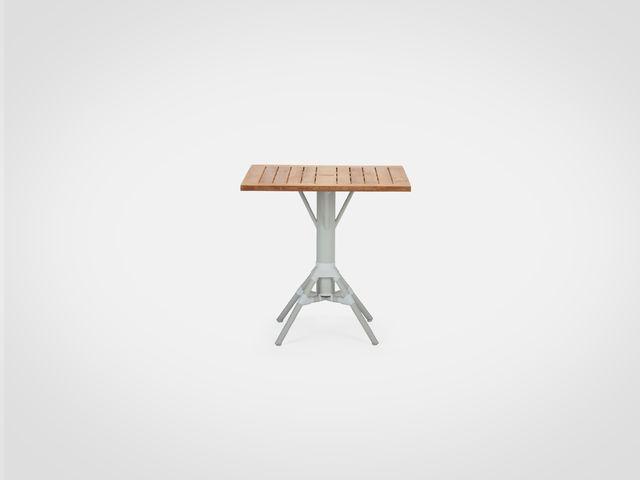Столик квадратный САННИ