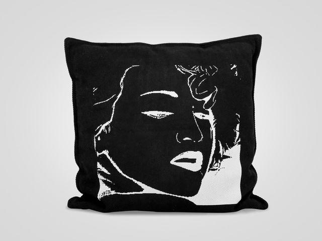 Подушка «Мадонна»