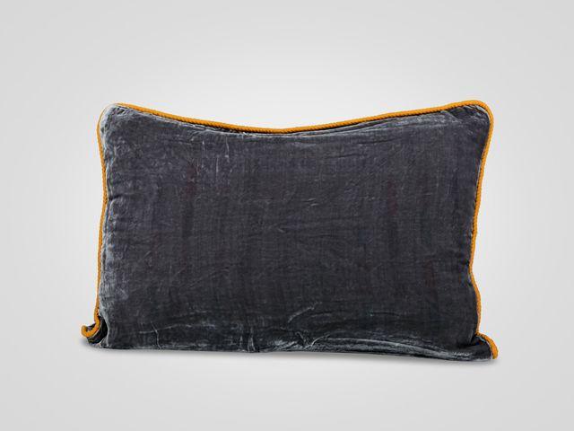 Подушка «Мокрый асфальт»