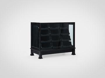 Витрина со стеклом в американском стиле