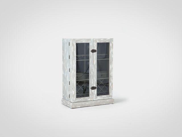 Винный шкаф в Американском стиле из натурального дерева