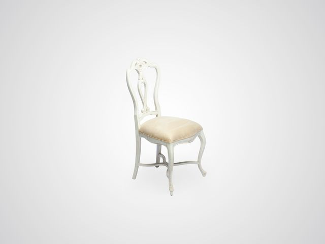 Стул «Венус» (замша) с резной спинкой в стиле прованс белого цвета с патиной