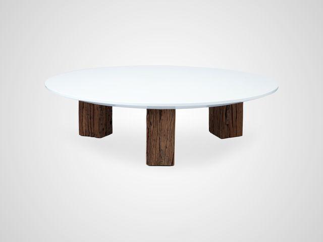 Стол кофейный круглый  на шпаловых ножках в стиле арт-деко