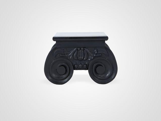 Столик низкий черного цвета в стиле Арт-Деко